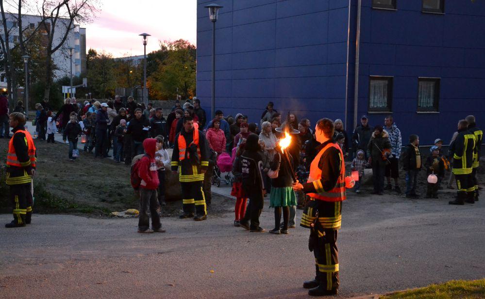 Halloweenfest mit Lampionumzug in Lichtenhagen