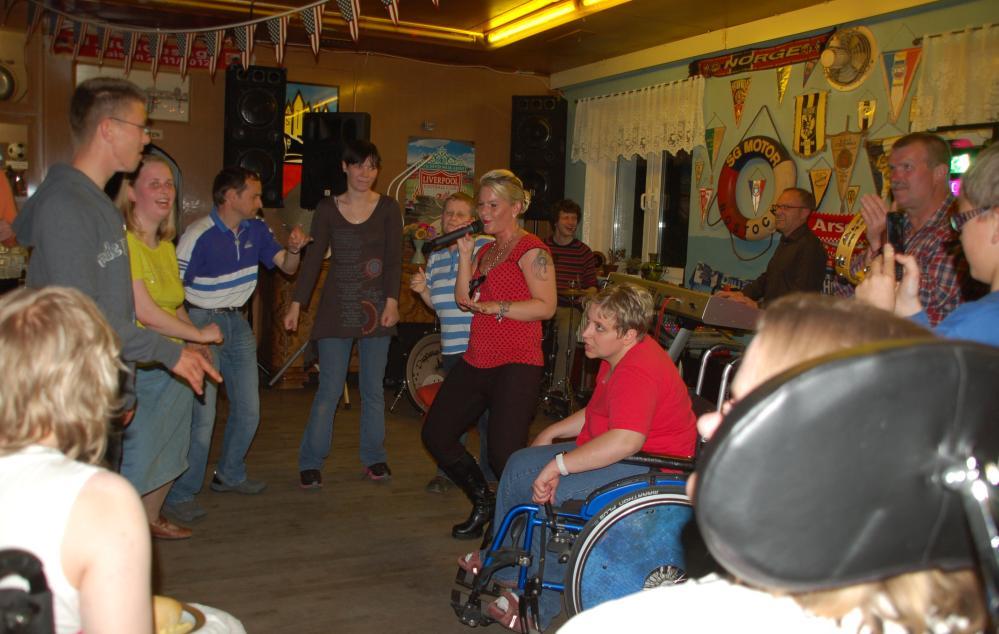 Tanzabend nicht nur für für Menschen mit Behinderung in Rostock